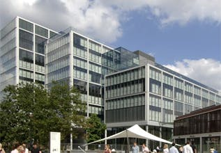 A&O picks five new start-ups for tech incubator Fuse