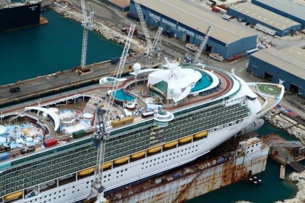 DLA Piper ship