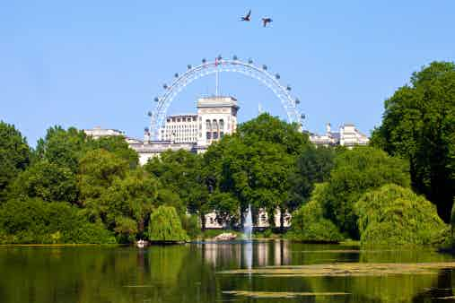 st james park london Eye