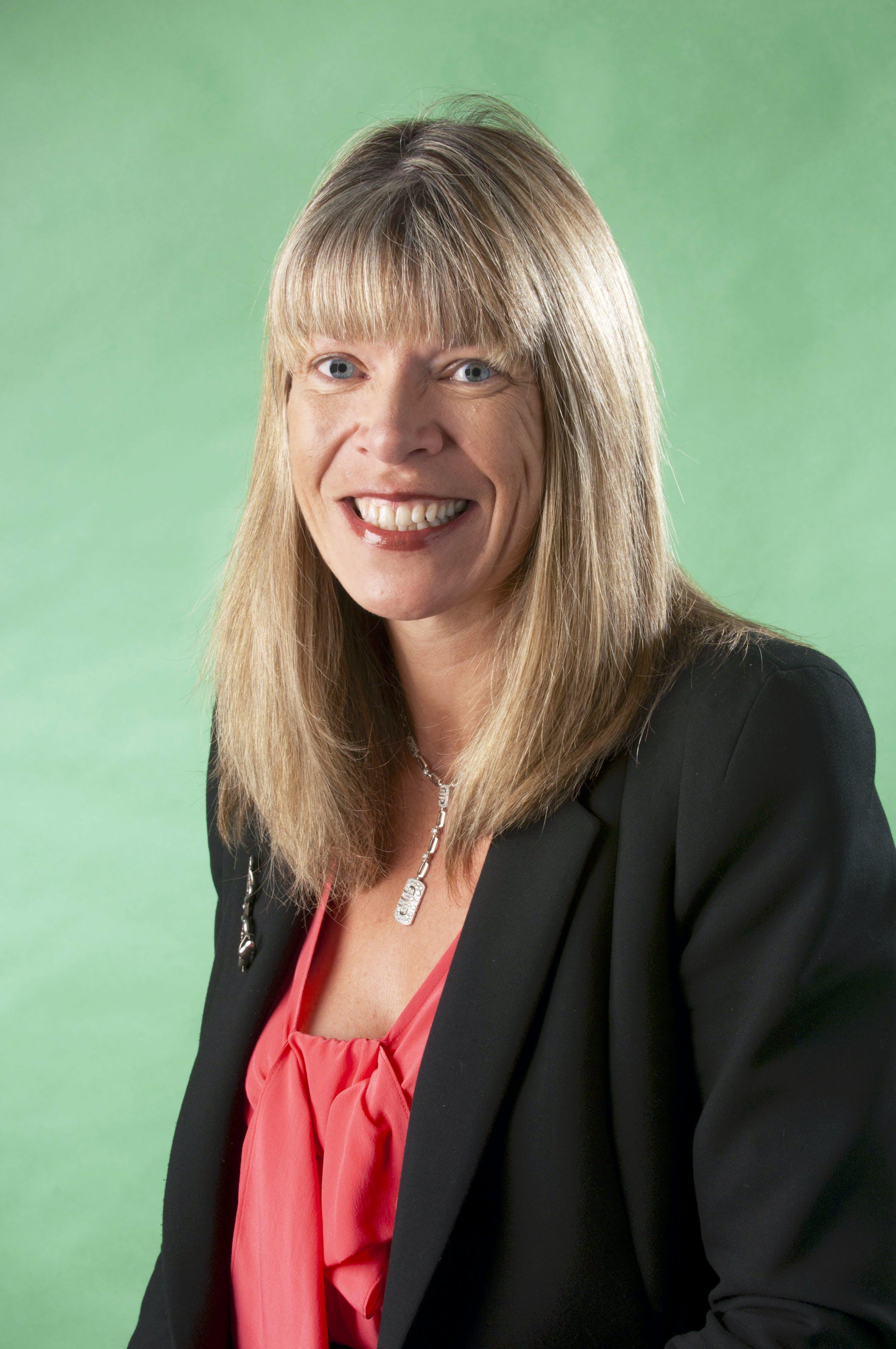 Fiona Hotson Moore