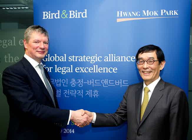 David Kerr and Mok Sun Su