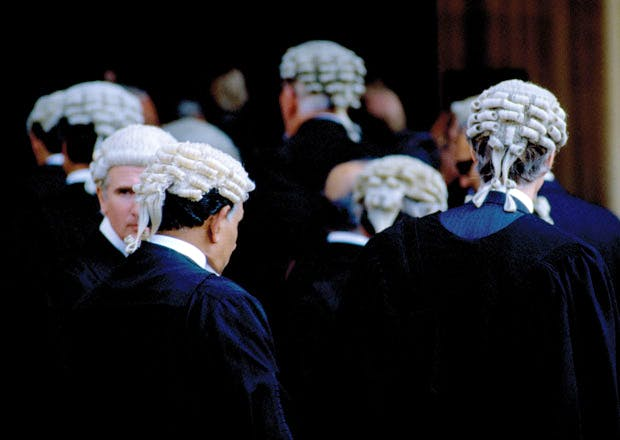Barristers, law school reform