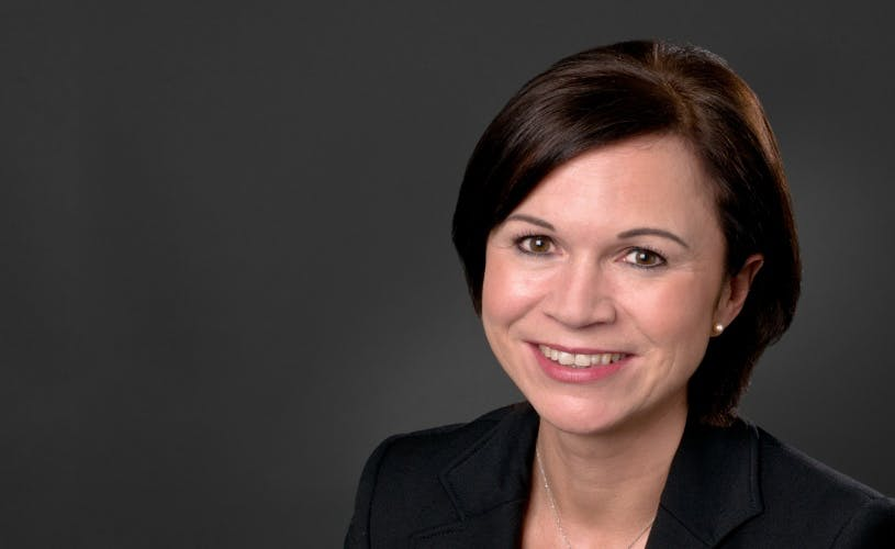 Lisa Mayhew