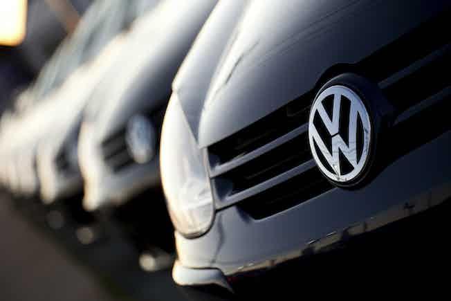 VW cars automobile transport