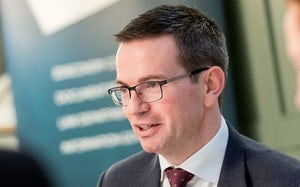 Picture of Drew Macaulay illustrating roundtable FTSE 100 companies debate legal operations efficiencies