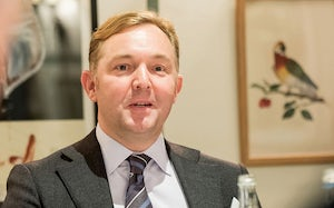 Picture of Robin Snasdell, illustrating roundtable FTSE 100 companies debate legal operations efficiencies
