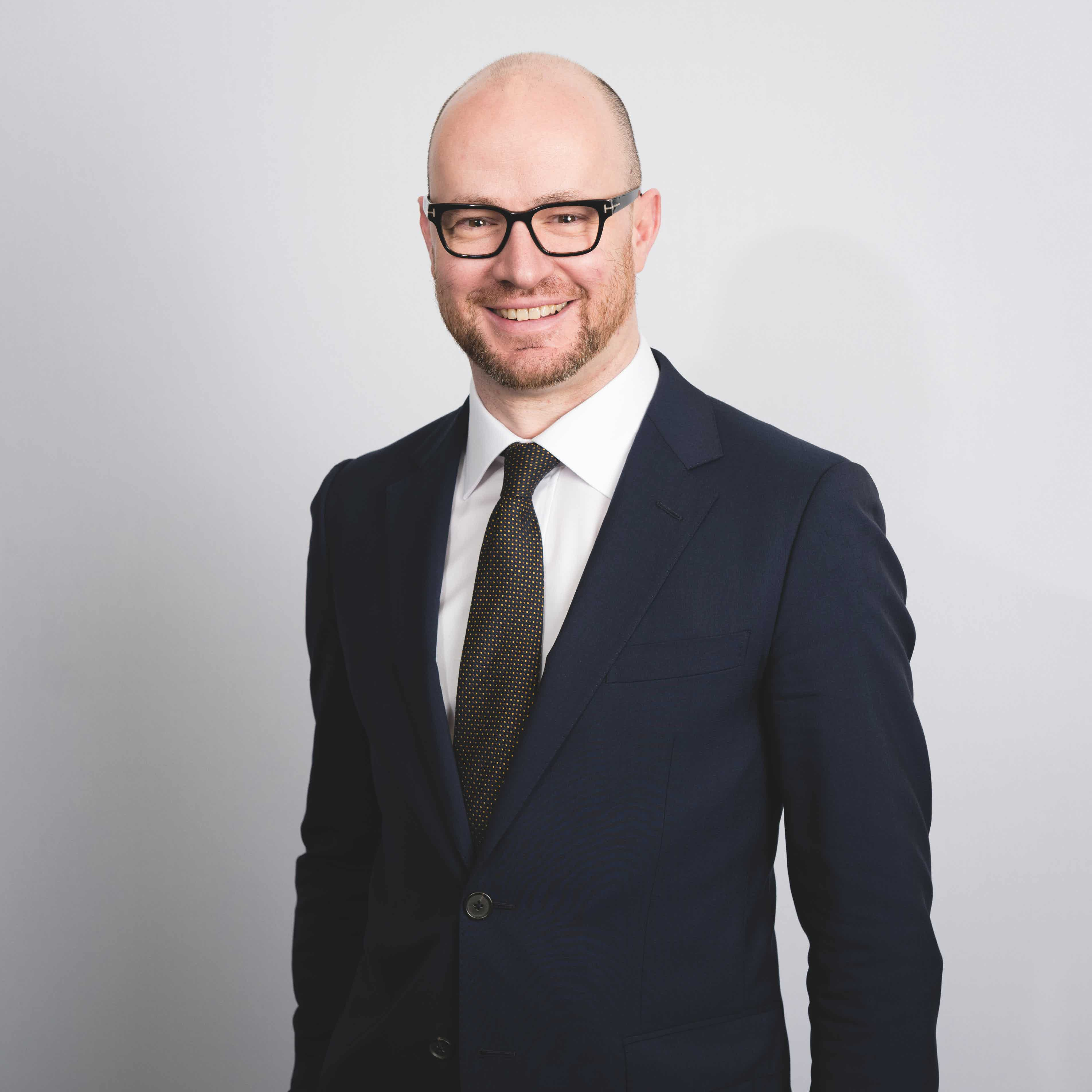 """The Lawyer """"Law firm litigation departments are thinking what they can do to build the practice – they're not quivering in fear"""" Neil Purslow, Therium"""
